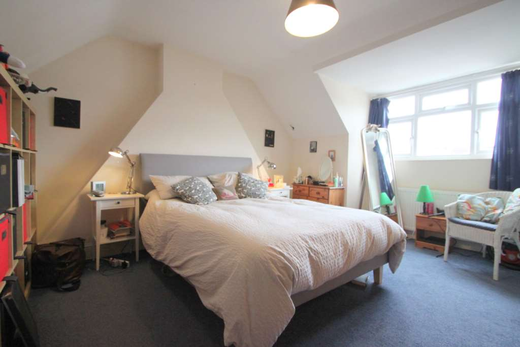 A louer appartement 2 chambres situe 40 hebdon road sw17 londres 288 - Chambre a louer a londres ...