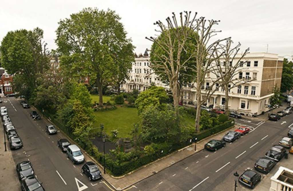 Earls Court Square, Earl`s Court