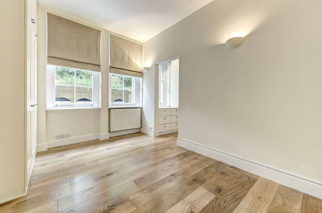 A louer appartement 2 chambres situe 18b melbury road w14 londres 595 - Chambre a louer a londres ...