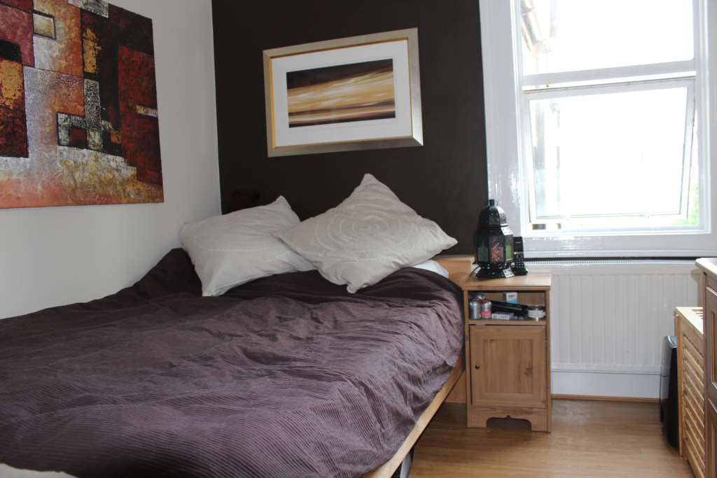 A louer appartement 2 chambres situe 92 leslie road e11 londres 1300 - Chambre a louer a londres ...