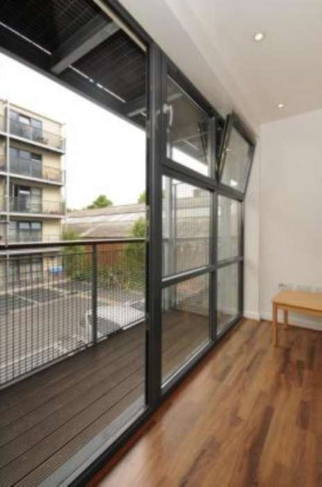 A vendre appartement 2 chambres situe flat carmine wharf e14 londres 380000 - Appartement a vendre londres ...