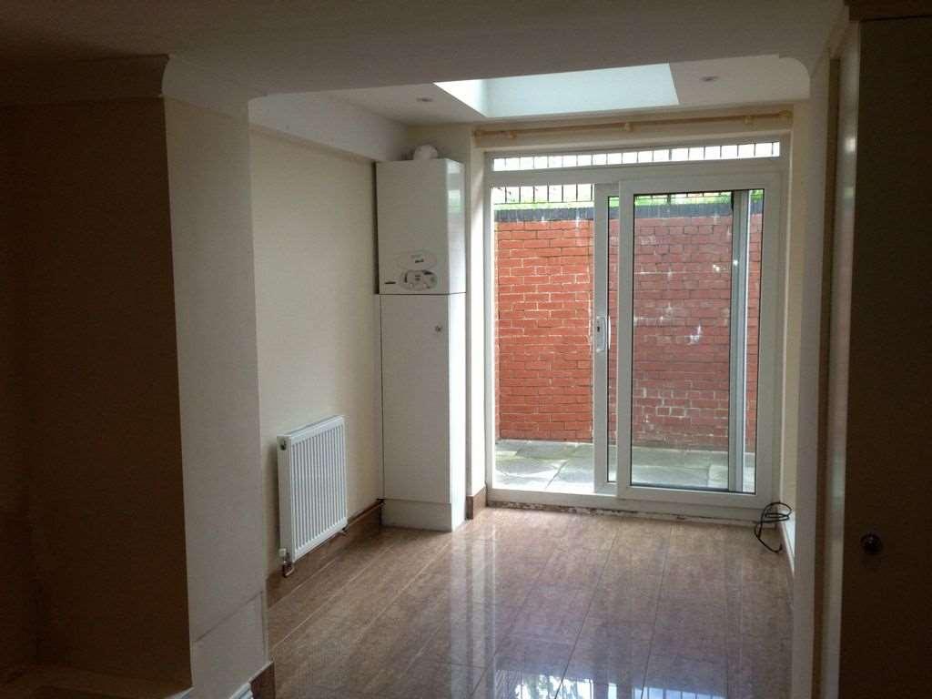 A louer appartement 3 chambres situe ground floor belmont hill se13 londres 1050 - Chambre a louer a londres ...