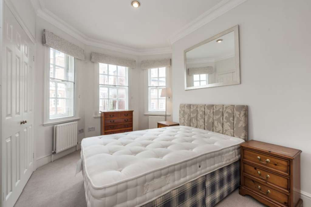 A louer appartement 2 chambres situe flat 3 draycott place sw3 londres 565 - Chambre a louer a londres ...