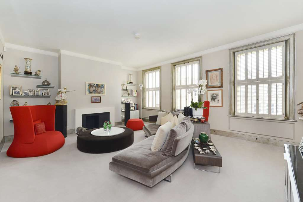 A vendre appartement 3 chambres situe penthouse flat 4 king street wc2e lo - Appartement a vendre londres ...