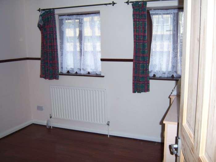 A louer maison 2 chambres situe 42 abbey road e15 londres 900 - Chambre a louer a londres ...