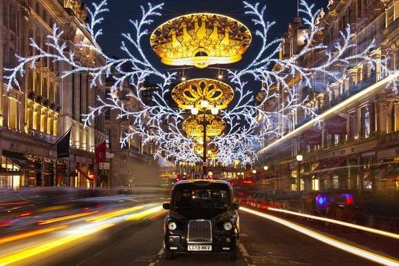 regents_street_xmas_lights.jpg